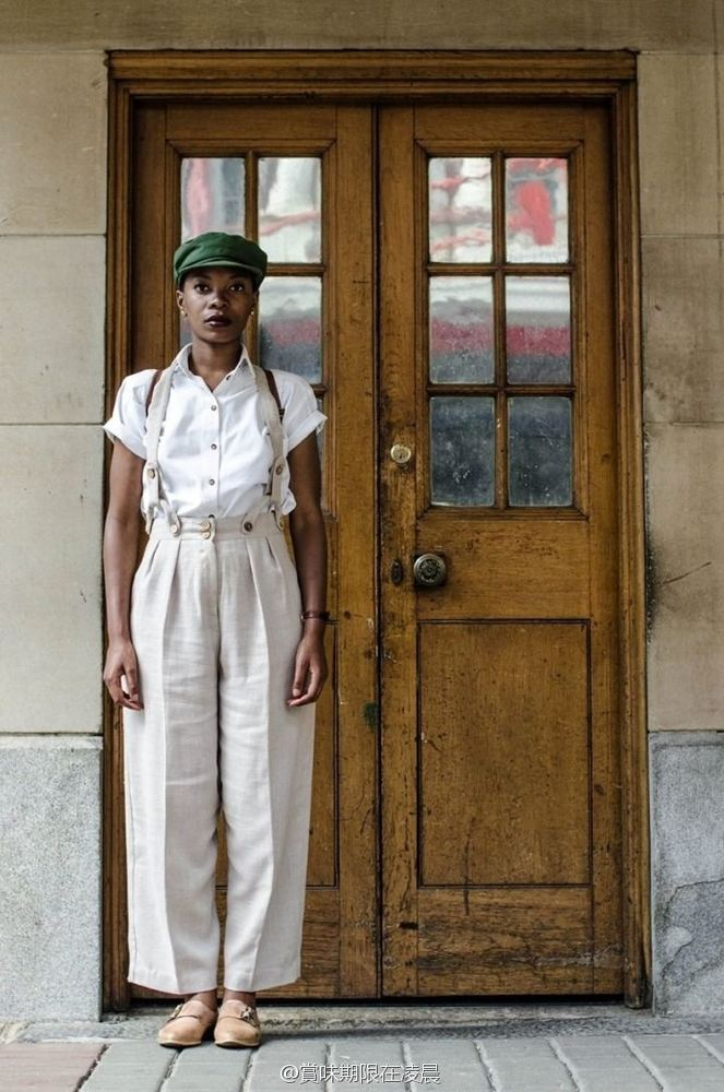 Model fashion vintage yang dikenalkannya kini menjadi salah satu fashion yang mulai digandrungi di Afrika