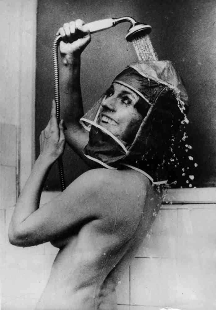 Тюремный женский душ 24 фотография