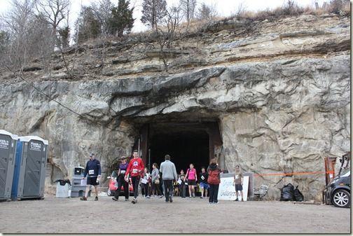 Crystal City Cave Run diadakan di Missouri