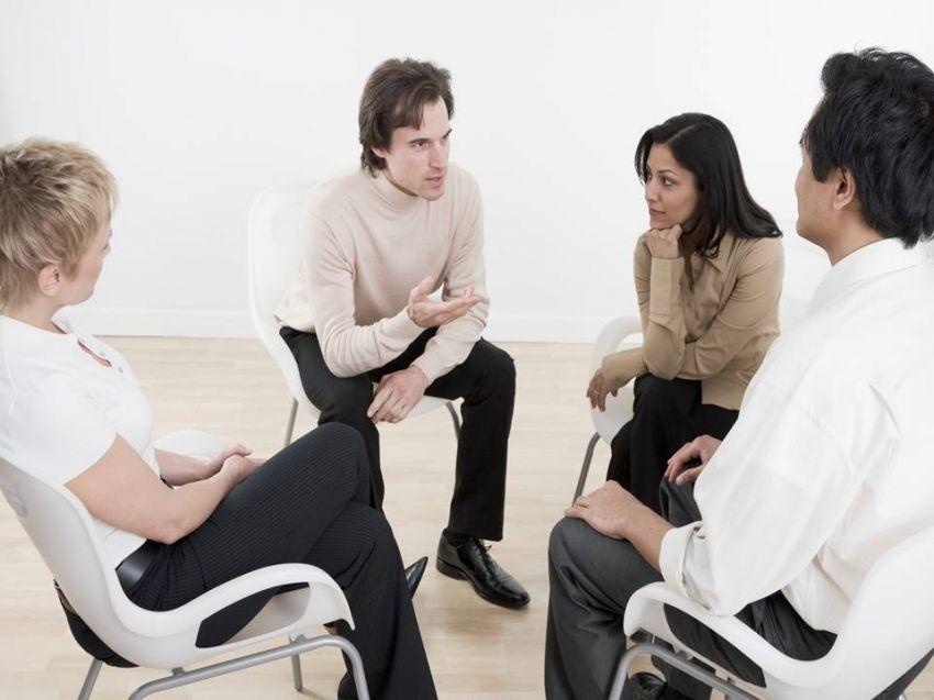 Latih bicaramu dalam diskusi