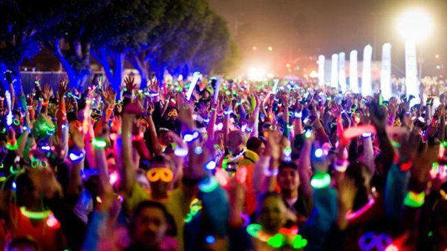 Glow Run yang telah diselenggarakan di berbagai kota di Indonesia