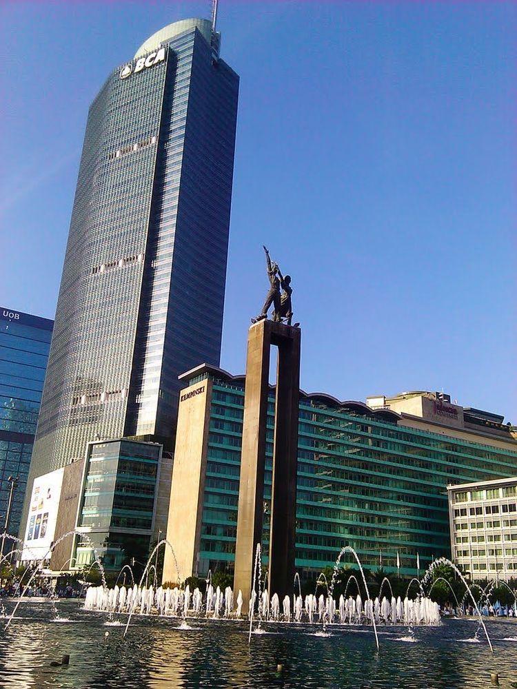 Menara BCA dan Bunderan HI