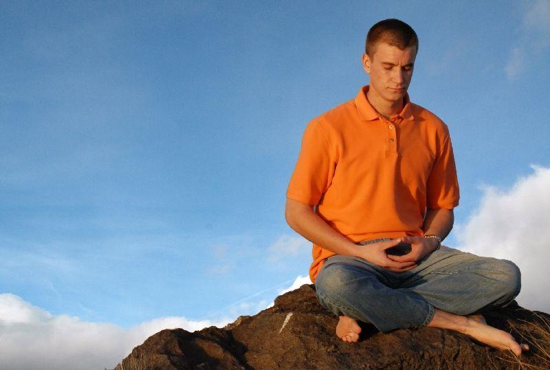 meditasi 10 menit sehari