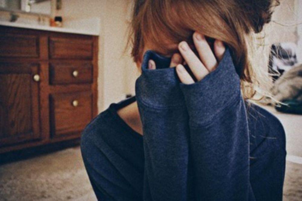 Фото парней со скрывающим лицом 4 фотография