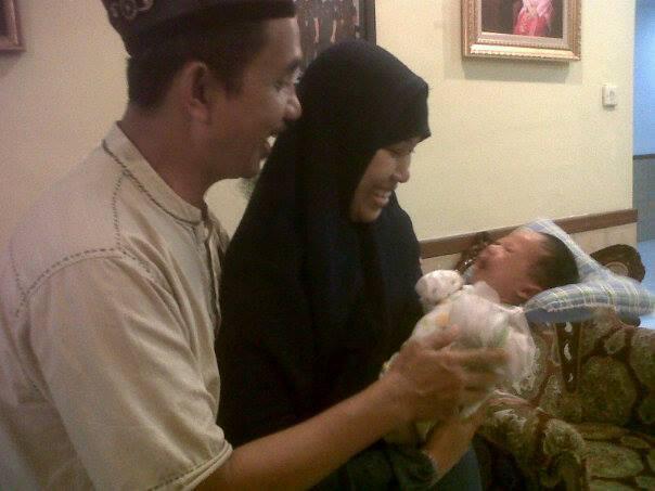 Ustadz Umam dan Ummi Nas akan terus mendampingi sampai proses perkenalan keluarga