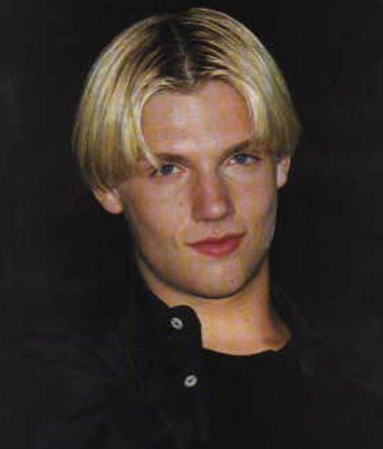 Kiblat mode rambut 90-an