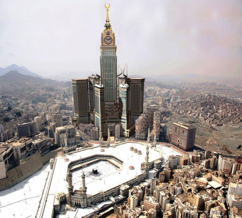 Abraj Al Bait atau Menara Jam Mekkah