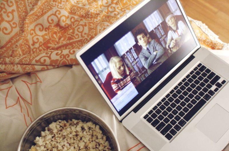 nonton film di laptop