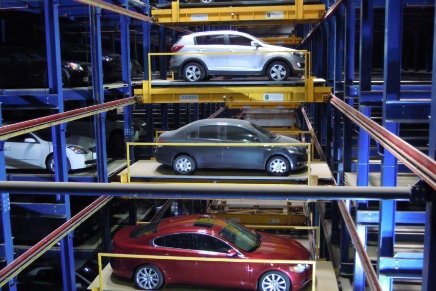 Parkir mobil otomatis di Jepang