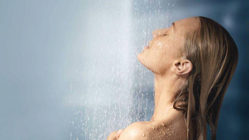 Air hangat bagus untuk kelembapan tubuh