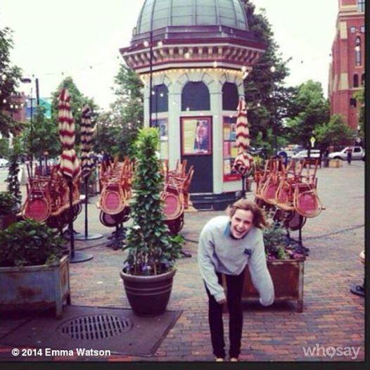 Foto yang sengaja Emma unggah di akun twitternya