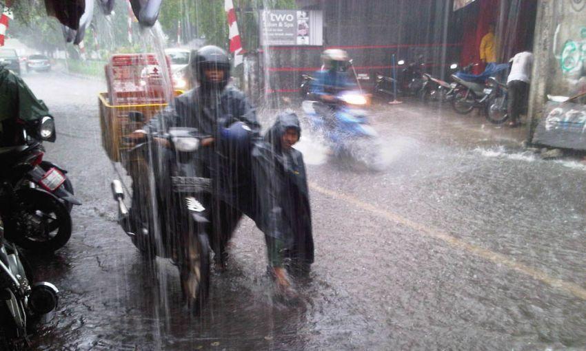 Hujan musuh terbesarmu