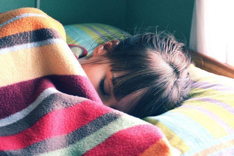 Karena Bangun Siang, Tidur Seharian, Dan Malas-malasan Di Akhir Pekan ...