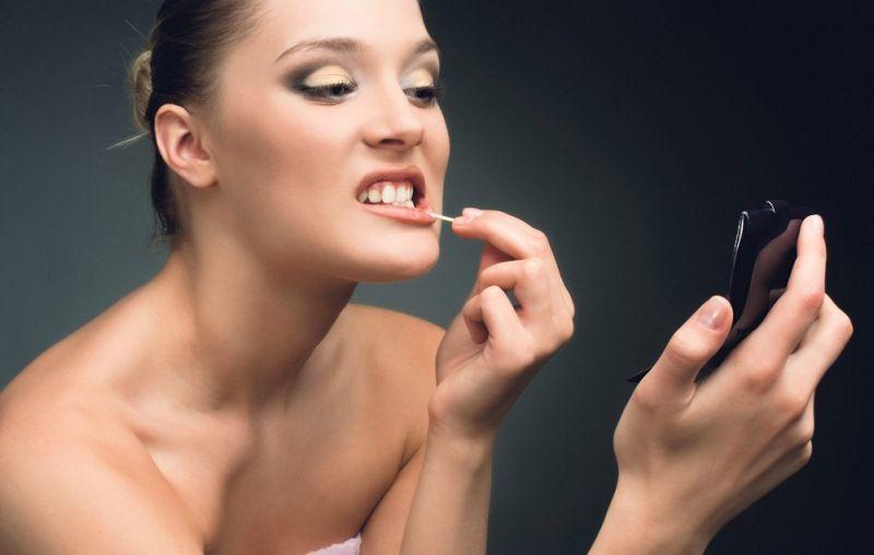 Ada yang nyelip di gigi