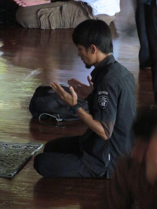 Berdo'a untuk makan siang