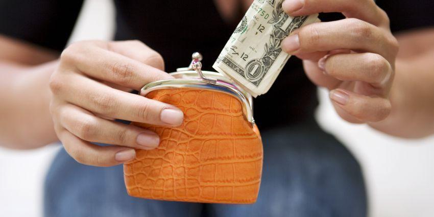 Gunakan uang tunai untuk kebutuhan kecil