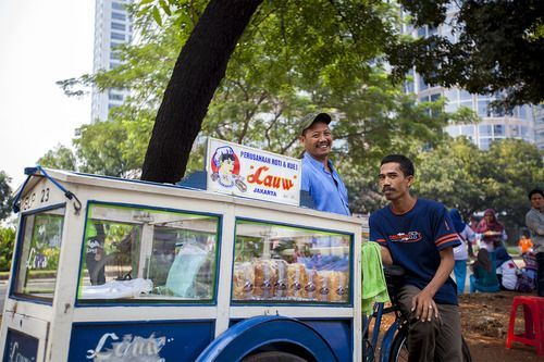 Masih ada senyum di Jakarta