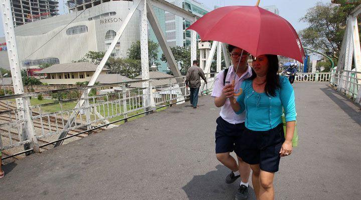 Jakarta cuaca panas