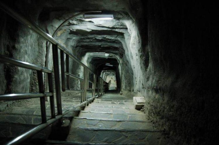 Terowongan Lobang Jepang