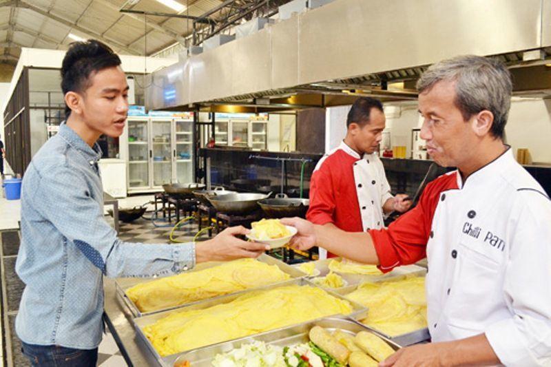 Bisnis katering memberikan kepraktisan