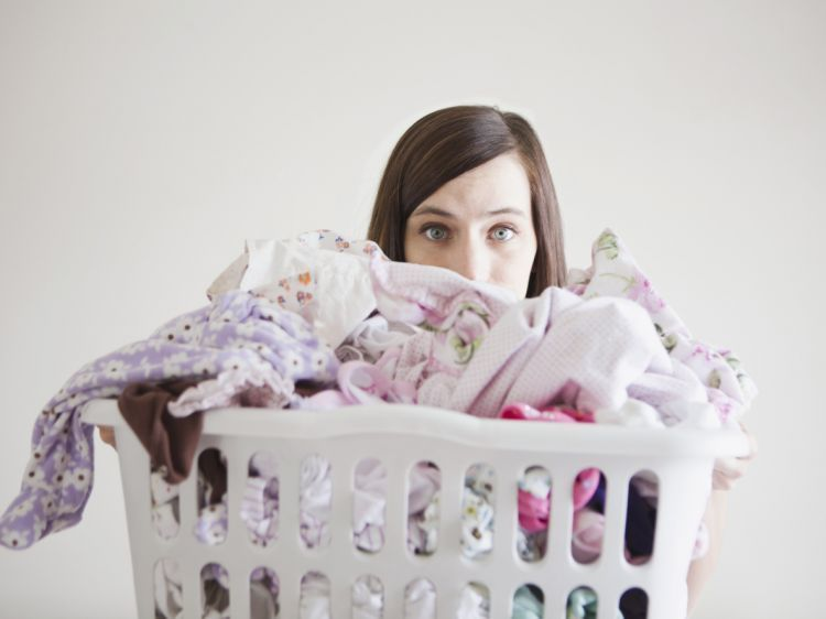 ghk-laundry-basket-woman-de