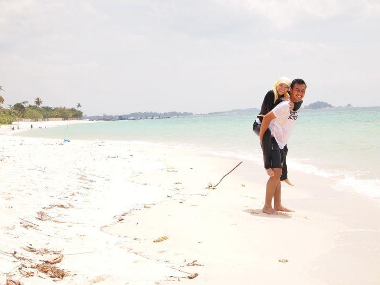 Pulau Belitung memang tidak pernah ada habisnya