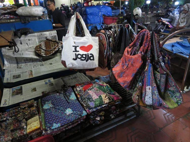 12 Tempat Wisata Belanja di Yogyakarta