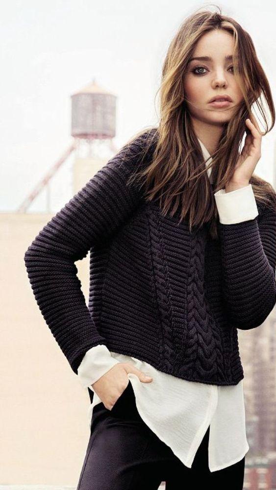 Sweater hitam juga bisa jadi pilhan