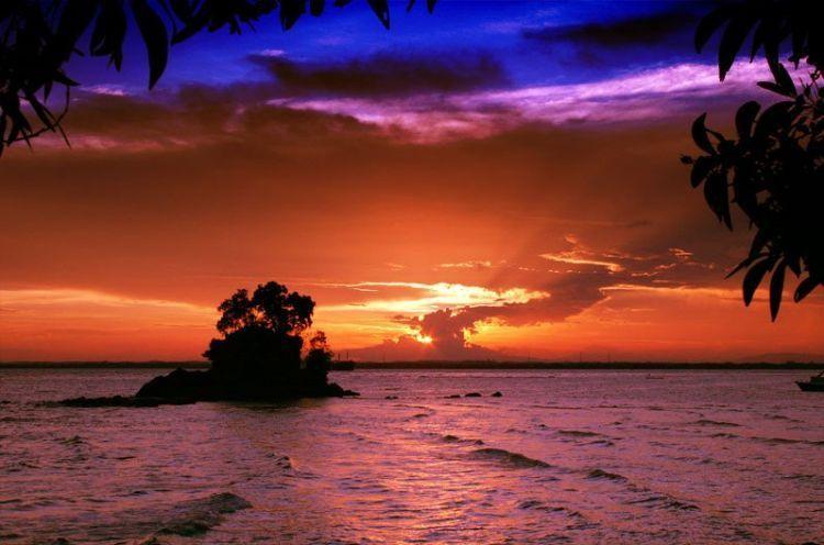 Sunset di Pantai Melawai Balikpapan.