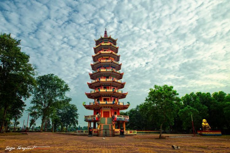 Pagoda di Pulau kemaro.