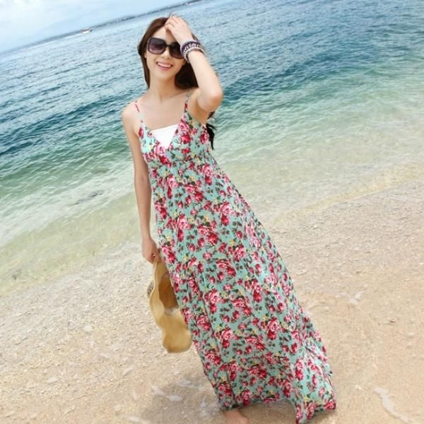 Ke pantai pakai long dress