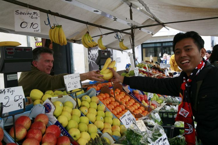 Rajin makan sayur dan buah