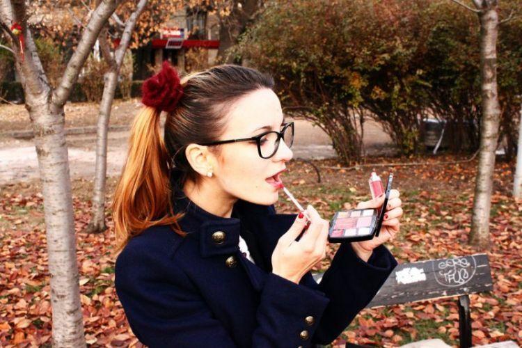 beli alat make-up dan belajar dandan