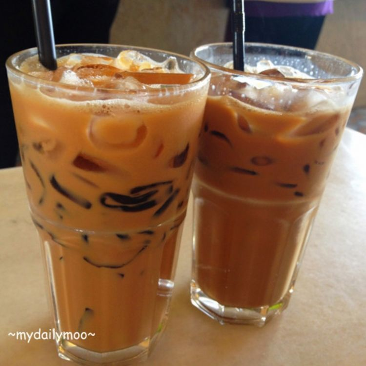 grass jelly milk tea
