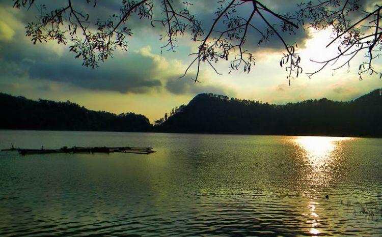 Telaga Ngebel / Foto: Heri Setiawan