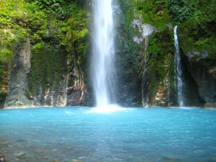 Sedarnya air terjun Songgo Langit