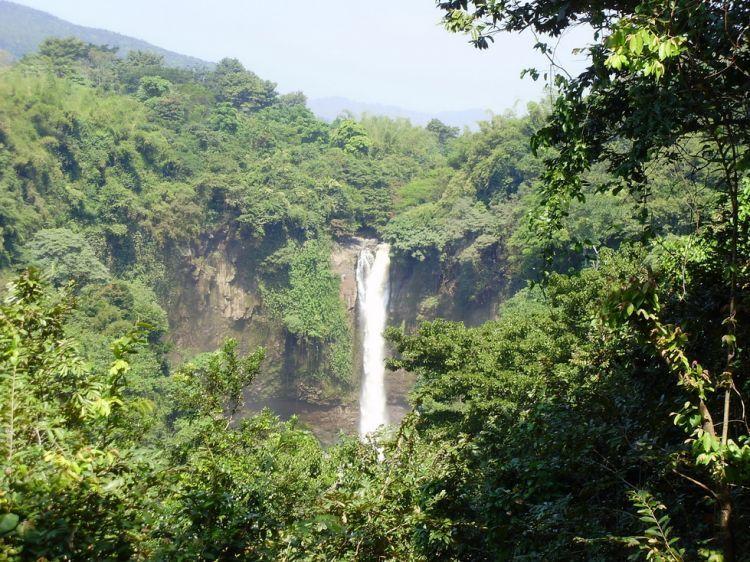 via indonesia-tourism.com