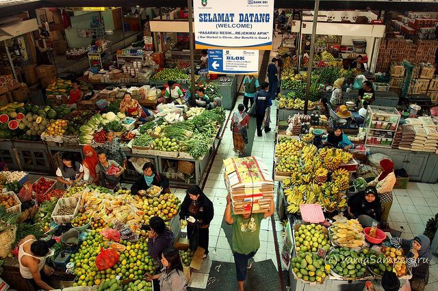 Mulai belanja di pasar yak