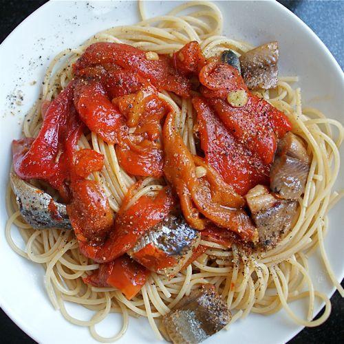 Sarden sebagai topping pasta