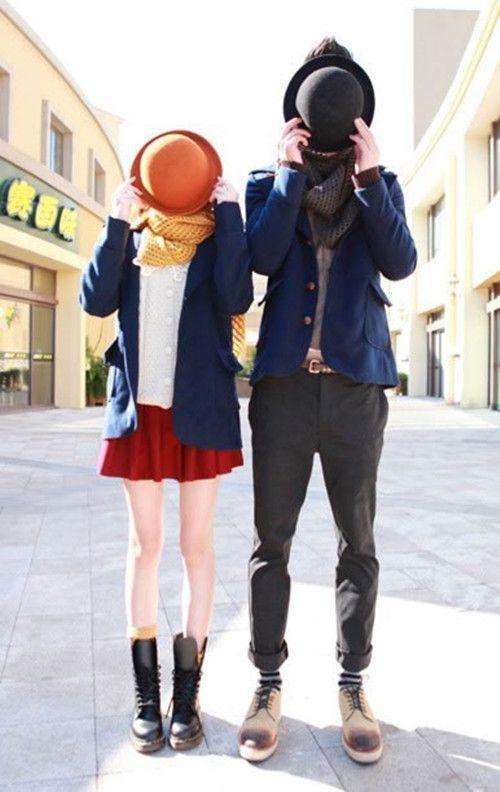 Topi, blazer, dan syal
