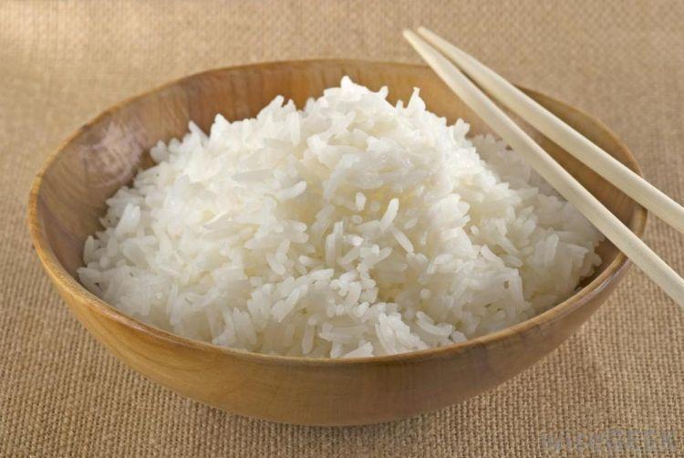 Nasi merupakan sumber karbohidrat