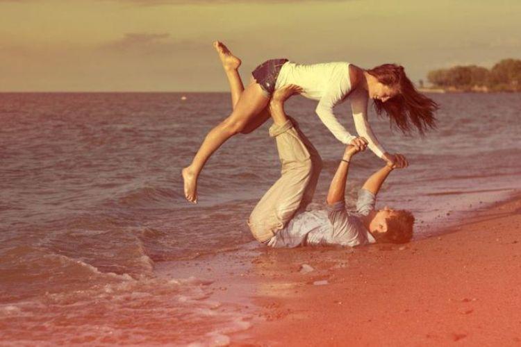 Setelah hari besar itu, aku ingin bulan madu denganmu