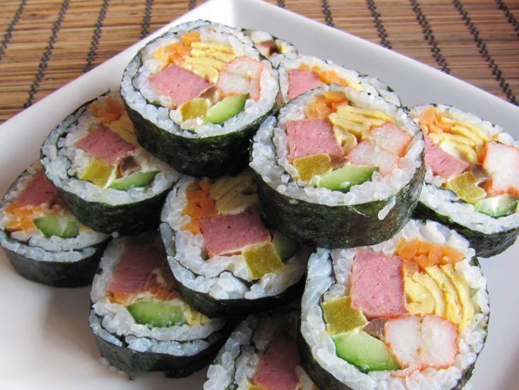 Kimbap, sushi khas Korea yang layak dicoba