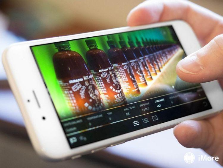 Menyunting foto perjalanan di ponselmu