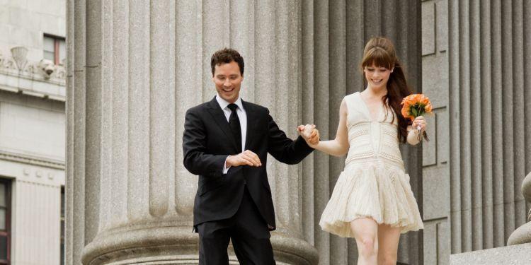 memutuskan menikah