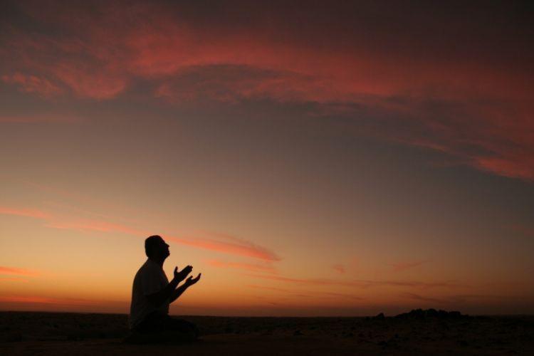 Berdoalah karena kebutuhan dan karena terbiasa