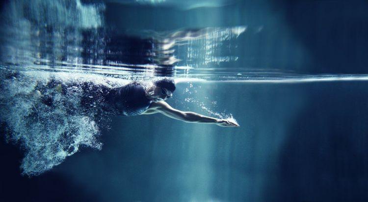 Berenang untuk melatih pernafasan