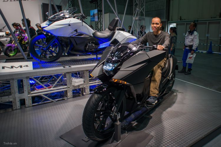 Honda NM4 Vultus, semi-matic 750cc