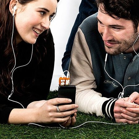 Jangan pinjamkan earphone pada orang lain