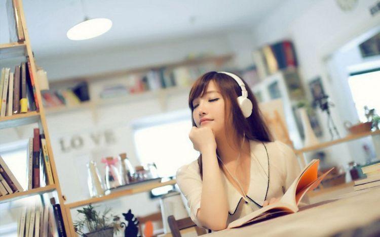 Dengar musik secara shuffle